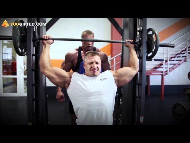 Бодибилдинг Зебальд и Пиликов тренируют плечи jlb bklbyu pt fkml b gbkbrjd nhtybhe n gktxb