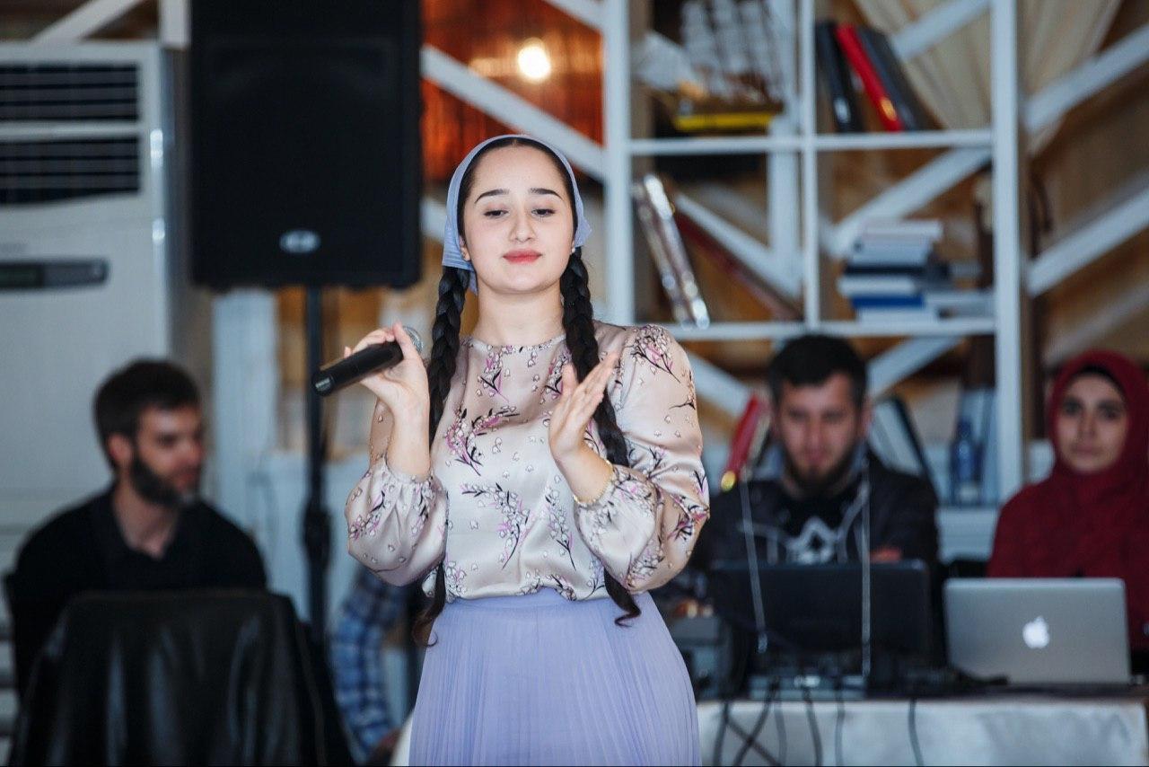 Раяна Асланбекова, Грозный - фото №5