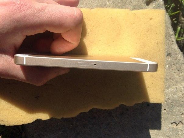 Продам iPhone SE В комплекті все рідненьке ціна 6500