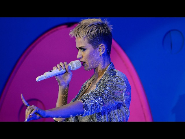 Katy Perry - Roar (Radio 1's Big Weekend 2017)