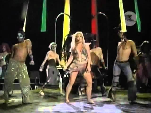 Britney Spears - The Hook Up (live RIR Lisboa 2004)