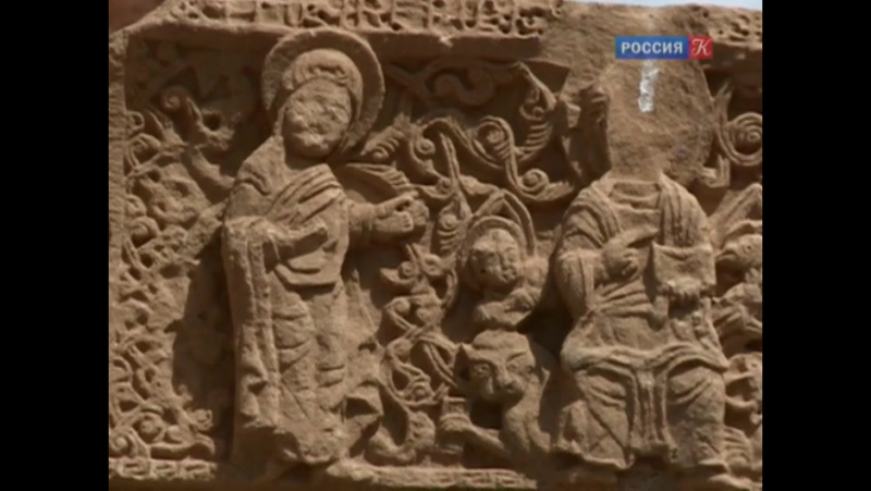 Пряничный домик. Армянские хачкары.