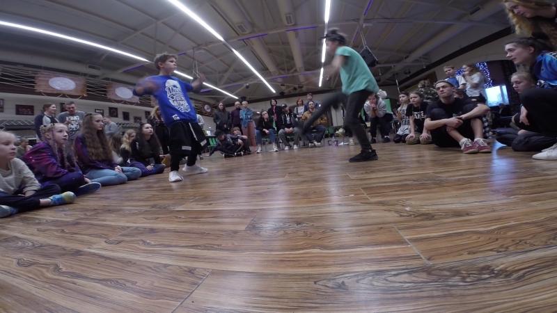 Иван Булохов vs Злата ( win ) | 1/4 FINAL | Hip Hop battle | Kids 9-11 лет