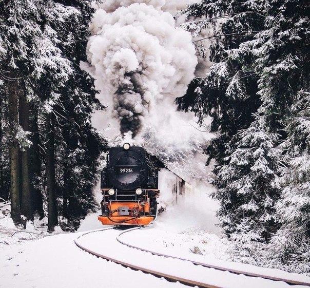 Прошлое — это поезд, но он уже ушел. Будущее — это мечта, но еще не из