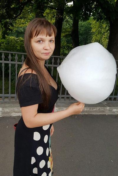 Яна Голикова