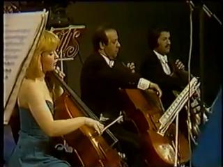 Dvorak - Serenata para cuerdas op. 22 - 1 de 6 (Serenata)