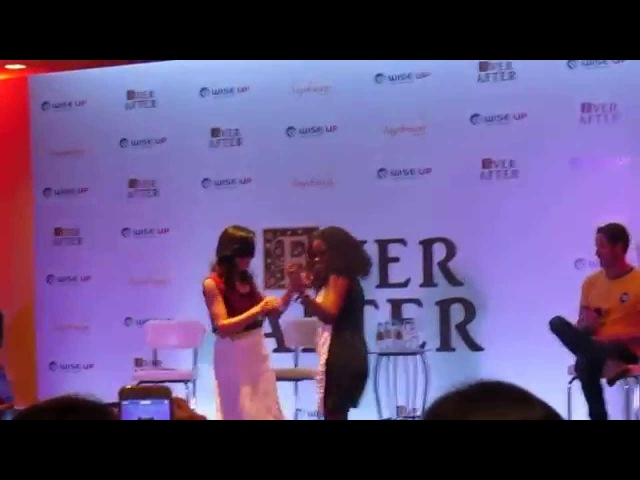 Painel Lana e Sean | Ever After - Lana sambando