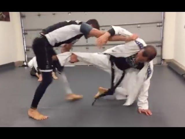 Ryron vs. Rener (Live Sparring Footage)