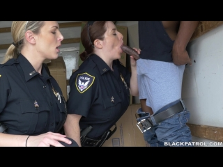 Maggie Green (Black suspect taken on a rough ride, gets horny Milf cops wet and fucking on stolen goods)[2016,HD 1080p]