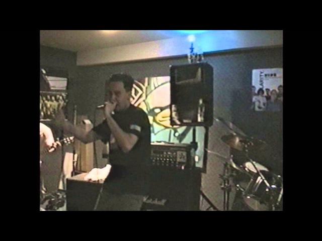 Linkin Park - A Place for my head (1999 rehearsal)