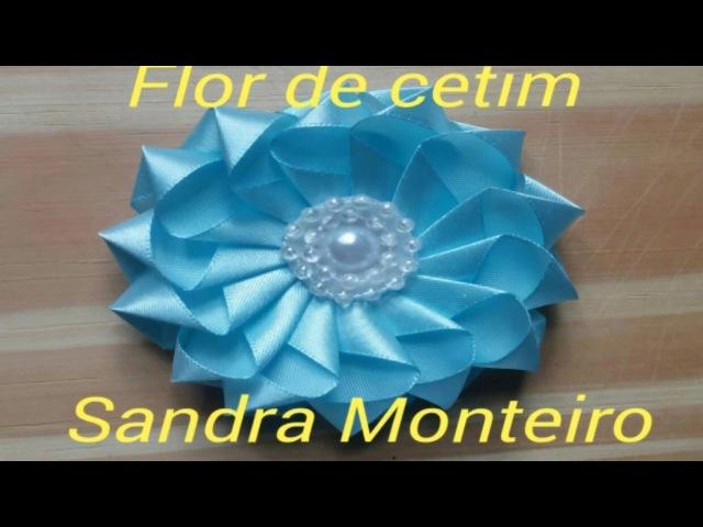 Flor de cetim com pétalas individuais passo a passo Sandra Monteiro