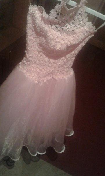 Продам платтячко для дівчинки початкових класів. Питання в ЛС.