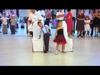 Малыши взорвали танцпол