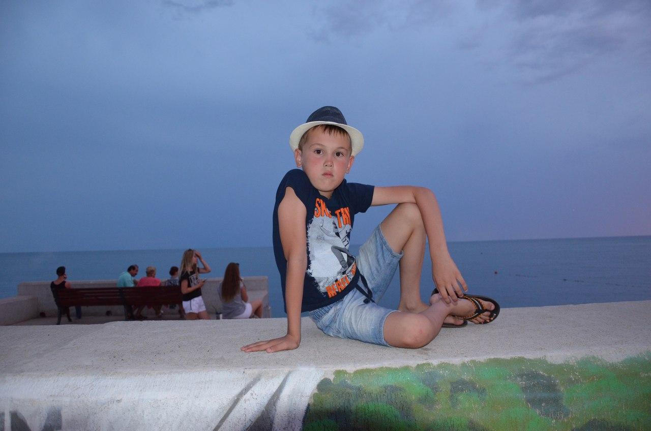 Тимур Шарипов - фото №1