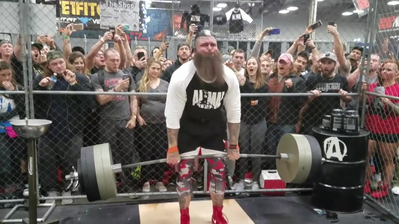 Rhyss WOLF Keane deadlifts 800 lbs x 3 in the Animal Pak Cage 2017