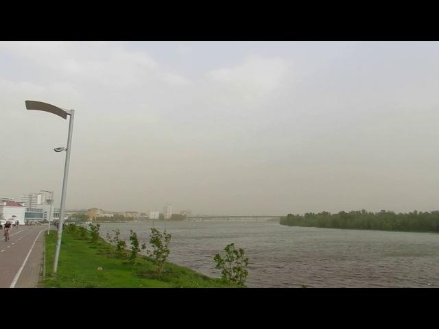 Пылевая буря с ураганным ветром Омск 23 мая 2017