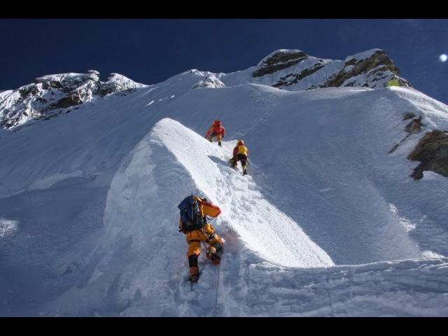 Секунды до катастрофы. Эверест –дорога смерти. Мертвая зона. Фильм national geographic 25...