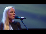 Brian May Kerry Ellis - Dust in the Wind_The Candlelight_Live_