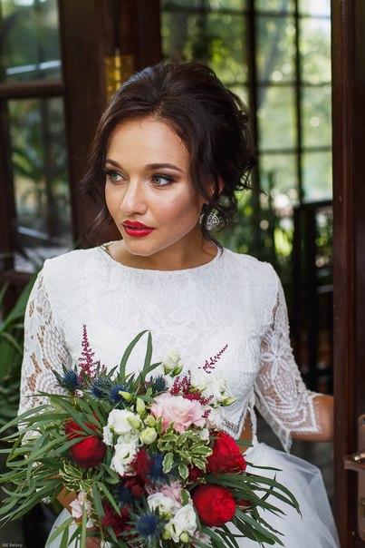 Букет невесты Ирины. Фото: Елена и Илья Беловы (bphotos.ru)