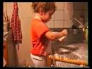 7 1999 ноябрь Оля в кухне