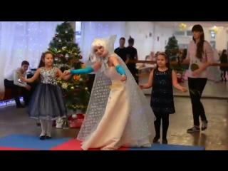 Новогодний праздник в нашей инклюзивной школе танцев Рыжий-Dance