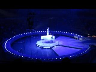 Цирк Шоу фонтанов часть 7 Гимнастка на белом ройяле
