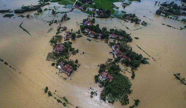 Наводнение вИндии: число жертв выросло до 97 человек