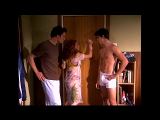 Un paso adelante / Танцы под звездами - Оккупированная ванная (Отрывок)