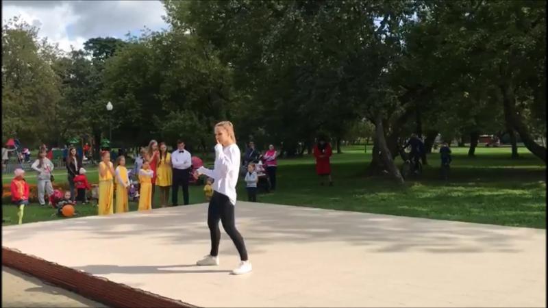 Зоя Манушкина с номером Lady Dance