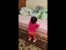 Вот и наша Анечка танцует 1 год и 5 мес