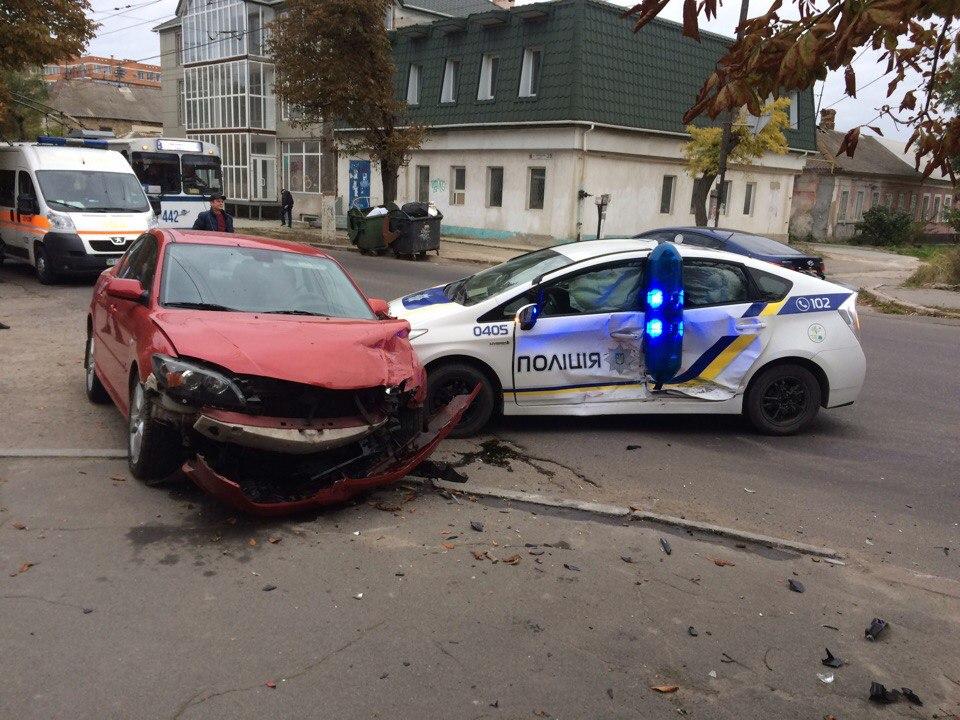 В Херсоне — ДТП с участием полиции (фото), фото-1
