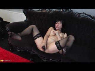 Ilena k. (43) - horny housewife playing with her pussy