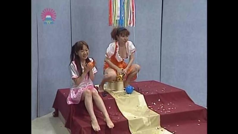 девушка на горшке_Paradise TV - Omorashi Derby part 3 [おもらしダービー]