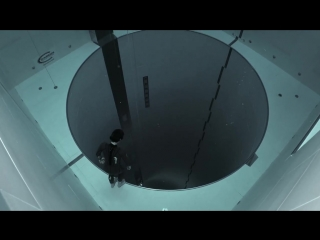 Y40 jump- Guillaume Néry explores the deepest pool in the world