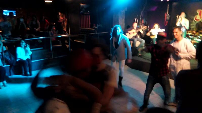 Milange danceschoolmilange sambafanaticos
