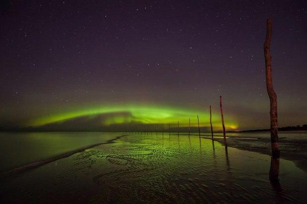 Северное сияние над Белым морем.