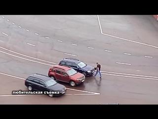 Флешмоб против автотранспорта на площади Горького