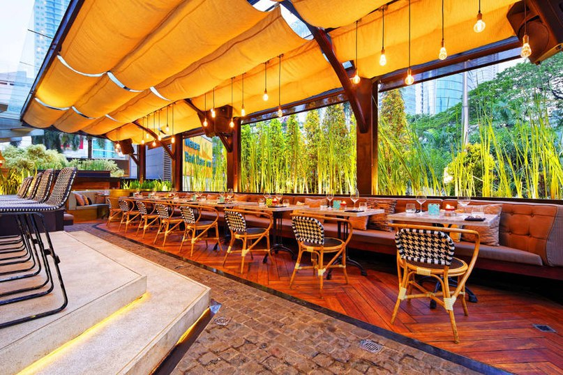 В индонезийском городе Джакарта находится ресторан Bottega