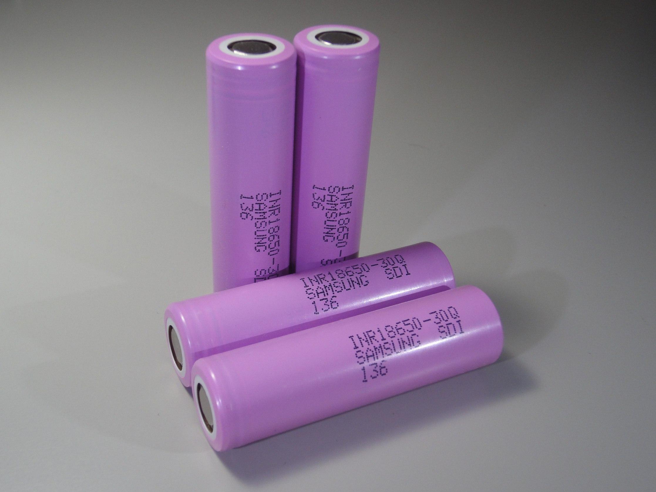 Продам аккумуляторы, разные зарядки, BMS, корпуса для батарей [НСК + пересыл]