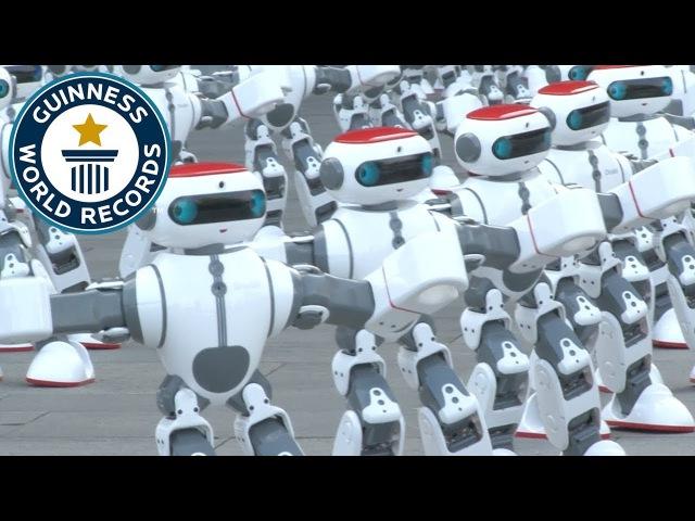 Смотрите видео как более 1000 роботов Dobi танцуют одновременно Источник novosti bolee 1000 robotov tancuyut © TehnObzor
