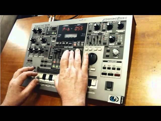 Roland MC-505 Groovebox Demo