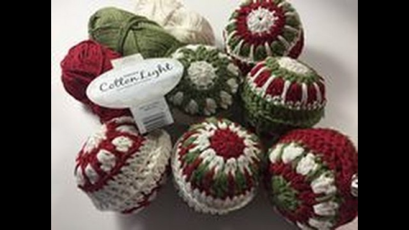 Ophelia Talks about Crochet Christmas Baubles