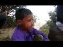 Мальчик очень красиво поёт нашид .