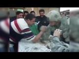 Армереслинг с солдатом американской армии