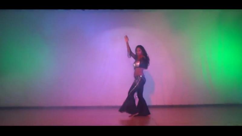 Amazing fusion of Hip Hop Belly dancing - By Sudha Jayakumar