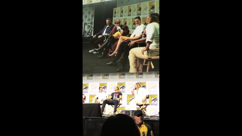Вопрос-ответ панель команды фильма «Лига справедливости: Часть 1» в рамках фестиваля «Comic-Con» в Сан-Диего | 22 июля 2017