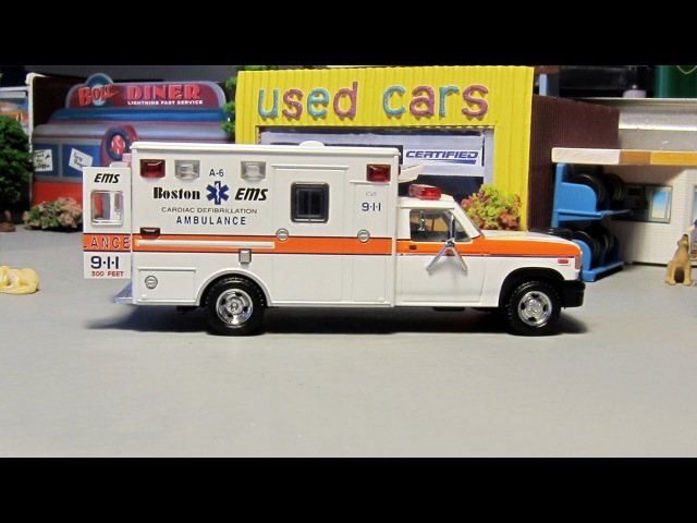 The White Ambulance to the Rescue New Hero in the City | Service Emergency Vehicles Kids Cartoon