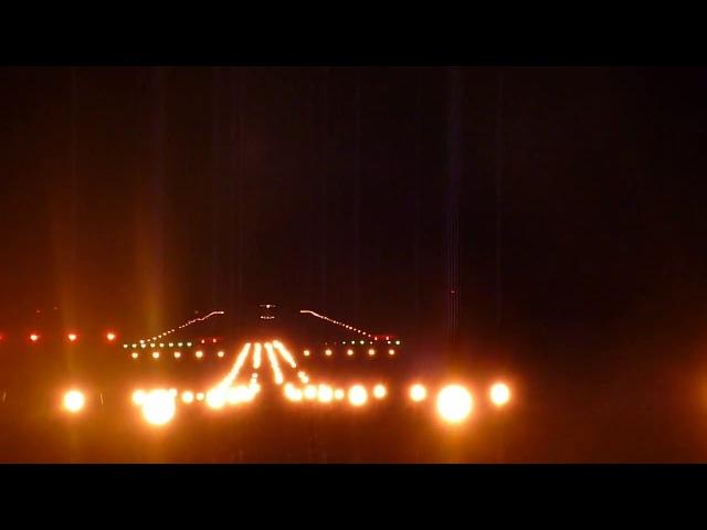 Bombardier CRJ 200 RusLine ночная посадка в Победилово.