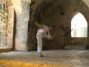 Pisão crusado, Capoeira technique from the Akban-wiki