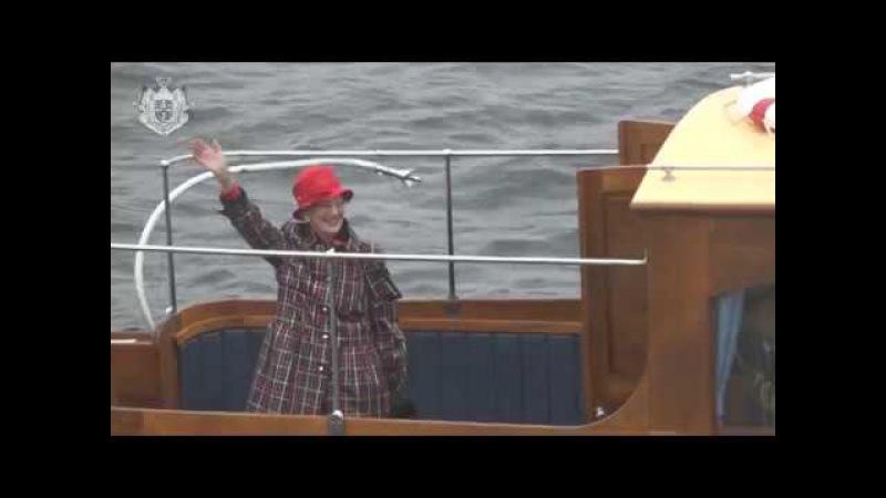 Dronningen går officielt i land fra Kongeskibet Dannebrog september 2017